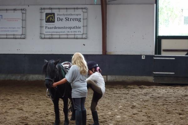 Paardrijden 1e les